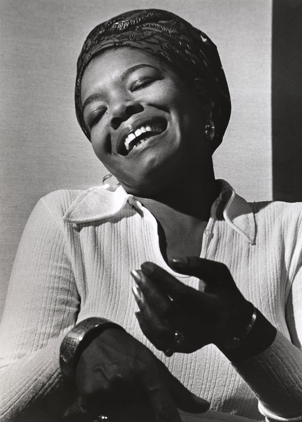 maya angelou a woman of hope Her poetry and prose inspired generations with messages of hope and harmony her poise and gracefulness, the very definition of a phenomenal woman as we say goodbye to dr maya angelou.
